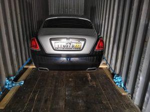 Перевозка автомобиля в Дубаи